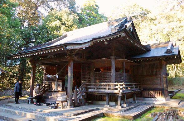 村所八幡神社 拝殿