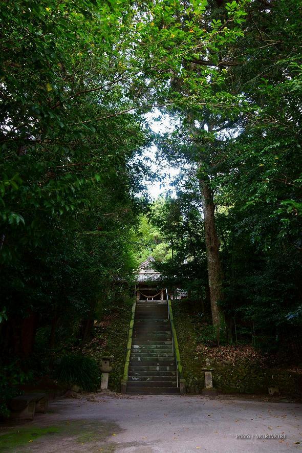 潮嶽神社 参道石段