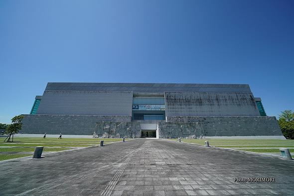 宮崎県立美術館の建物