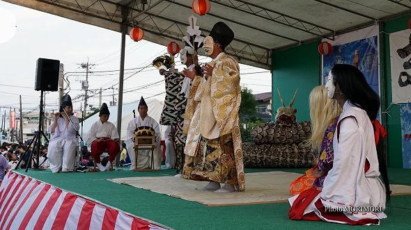 本郷神楽保存会(宮崎市)「八岐大蛇(やまたのおろち)」4
