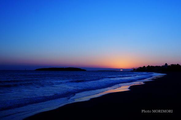 青島の夜明け