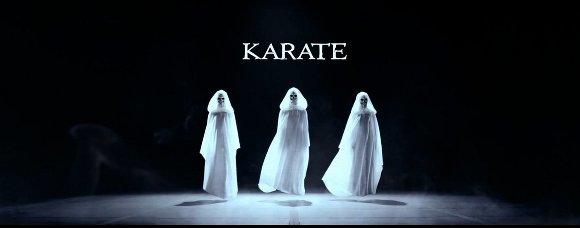 BABYMETAL KARATE MVより
