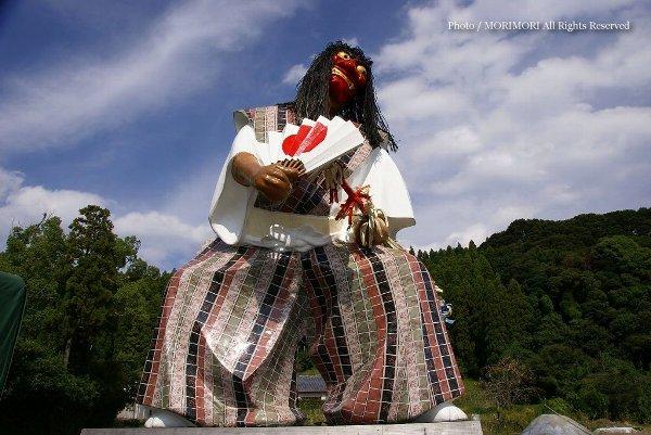 三笠鬼神の像