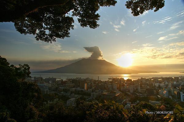 城山から見た桜島のご来光