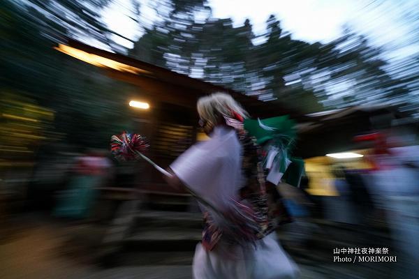 山中神社夜神楽 06