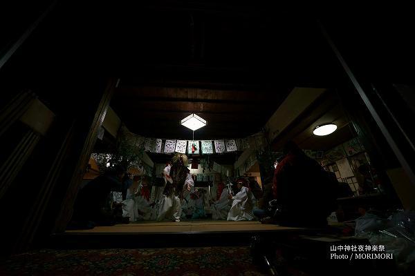 山中神社夜神楽 12