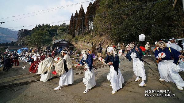 南川神楽(諸塚村)舞入れ 06