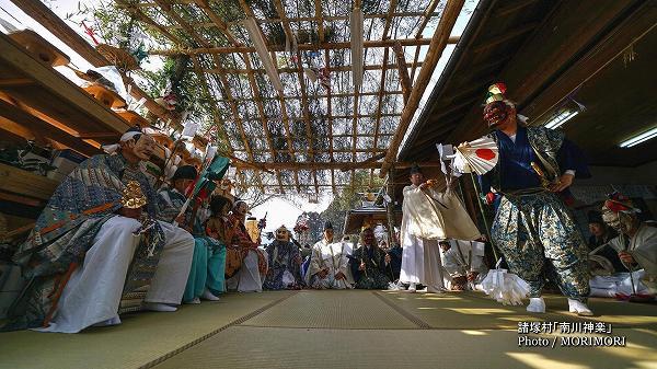 南川神楽(諸塚村)舞入れ 10