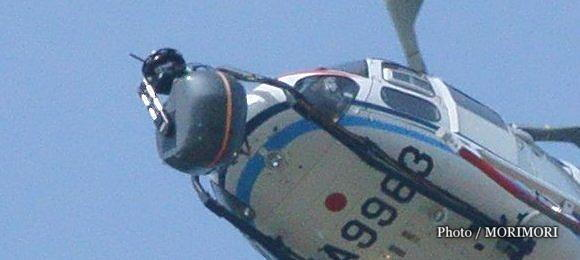 ヘリコプターの先端にあるのは空撮カメラ?(JA9963)