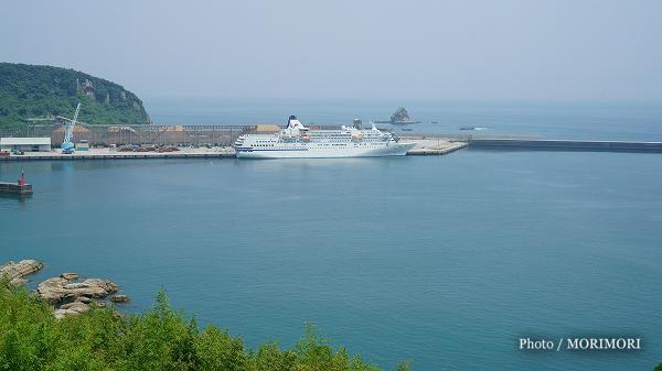 日南市油津港にて「ぱしふぃっく びいなす」