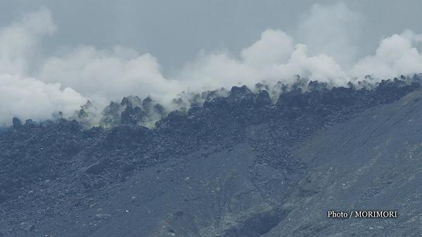 新燃岳の溶岩