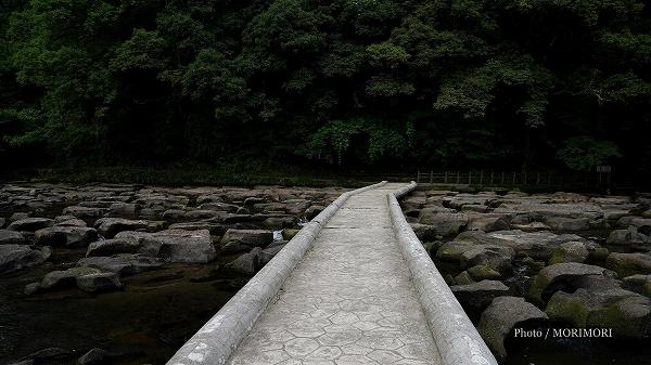 関之尾の滝 甌穴(おうけつ)