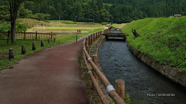 関之尾の滝 南前用水路