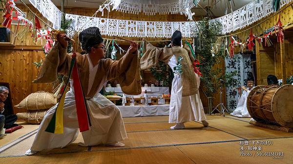 浅ヶ部神楽(高千穂の夜神楽)杉登(すぎのぼり)