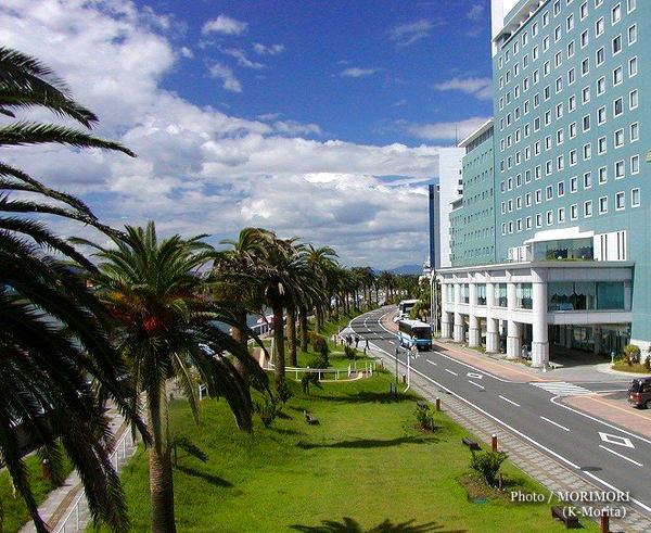 橘公園と宮崎観光ホテル