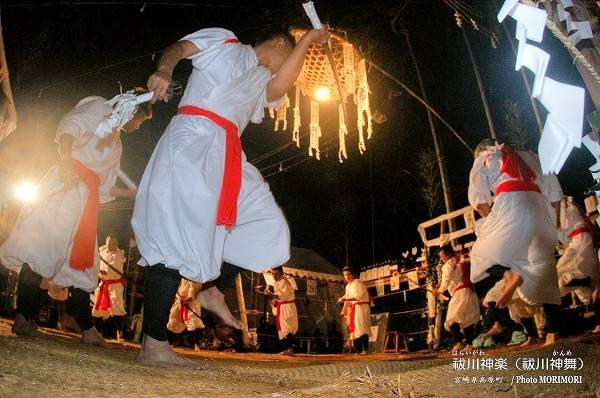 国重要民俗文化財 高原の神舞(かんめ) 十二人剣